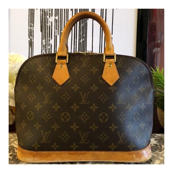 fe1882e5f825 Louis Vuitton Handbags - 🔥SUMMER SALE🔥AUTHENTIC LOUIS VUITTON ALMA PM